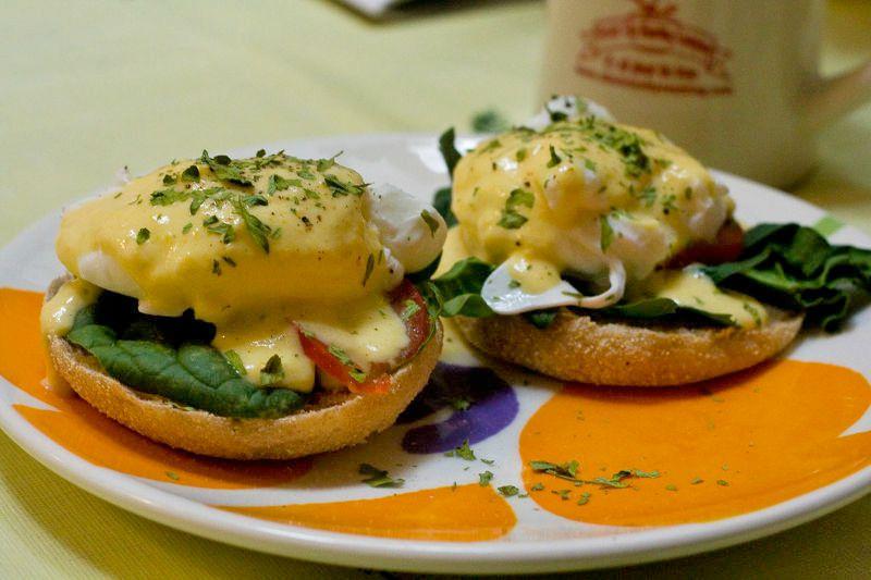 Vegetarian keto eggs Benedict