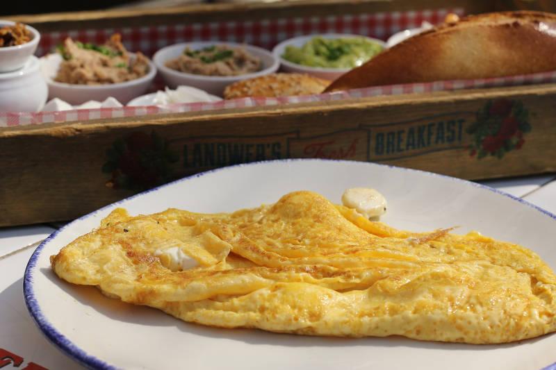 Vegetarian keto feta cheese omelette