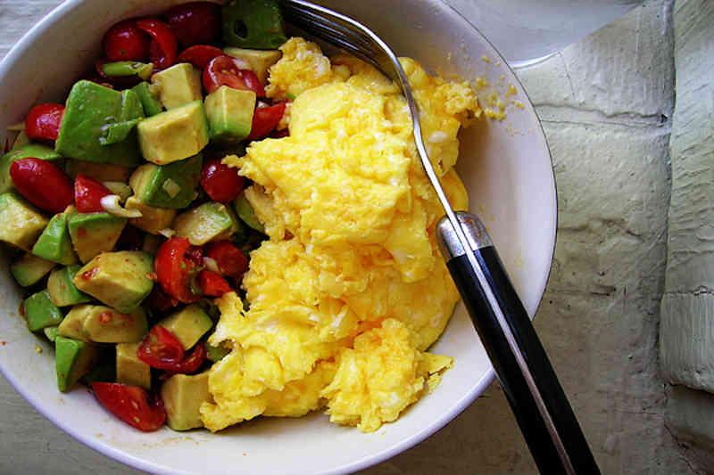 Vegetarian keto breakfast bowl
