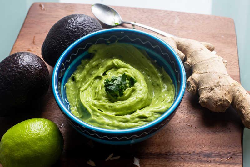 Vegetarian keto avocado, ginger & lime dip